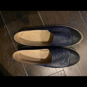 Women's Chanel Espadrilles Navy and Black flats